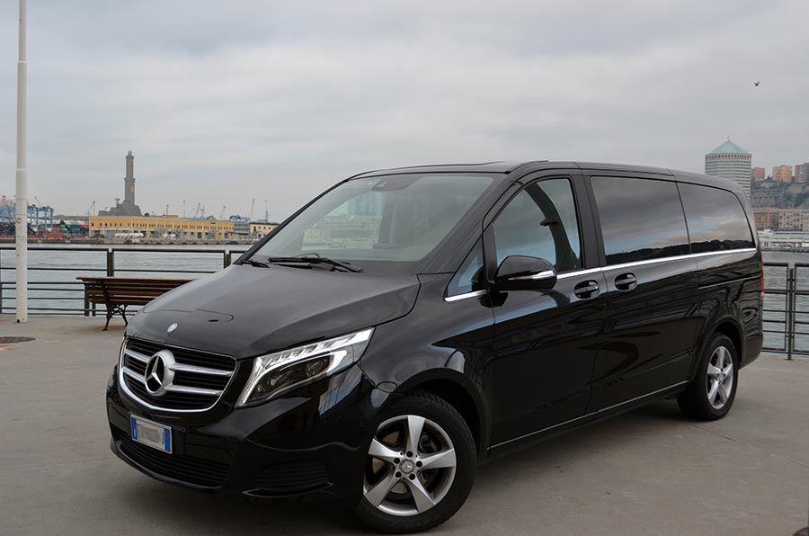 ncc noleggio con conducente genova car rental with driver private taxi meridiana autonoleggio parco macchine mercedes